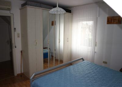27-DG - Schlafzimmer