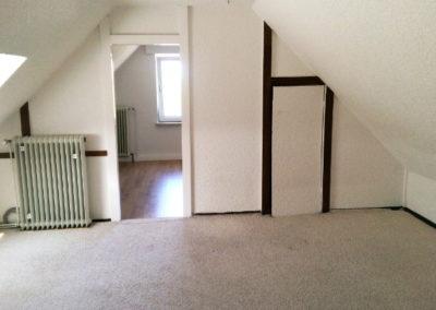 12-Dach-Zimmer 1