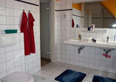 21-Badezimmer