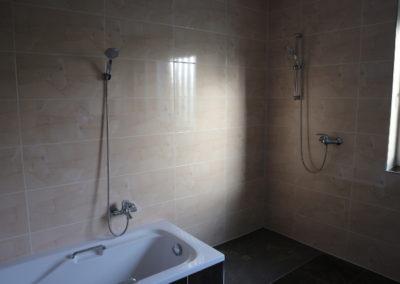 24-Badezimmer