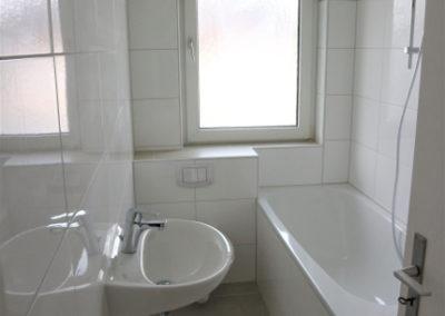 27-Badezimmer - OG-Mitte