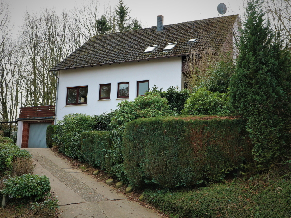 Vlotho – Zweifamilienhaus mit Einliegerwohnung
