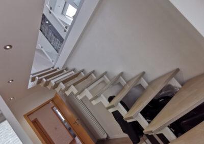 26-Treppenaufgang DG