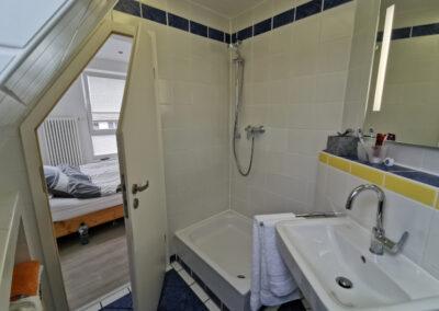 31-Badezimmer DG