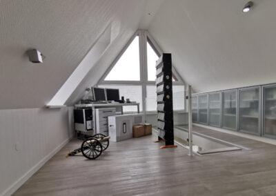 32-Dachgeschosszimmer
