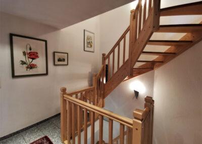 10-Treppenaufgang zum DG